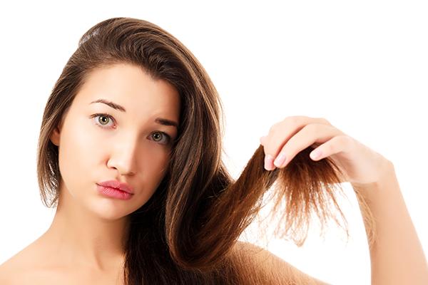 Dầu xả Biotin & Collagen cung cấp các dưỡng chất vitamin và biotin thẩm thấu sâu vào từng sợi tóc