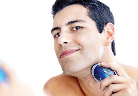 Máy cạo râu Panasonic ES6850 thiết kế đầu tròn với tốc độ vòng xoay cao giúp cắt sát hơn mà vẫn an toàn cho da