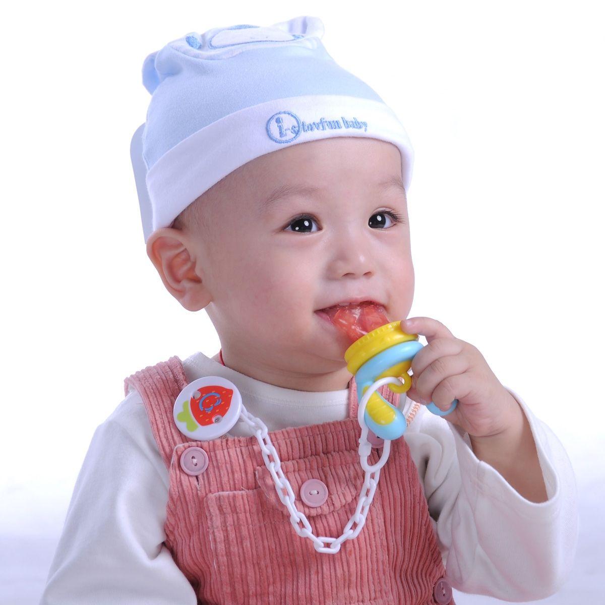 Bộ túi nhai chống hóc Kidsme được chế tạo đầu nhai bằng Silicone cao cấp, mềm mại và đàn hồi tốt cho bé cảm giác thoải mái khi mút ngậm