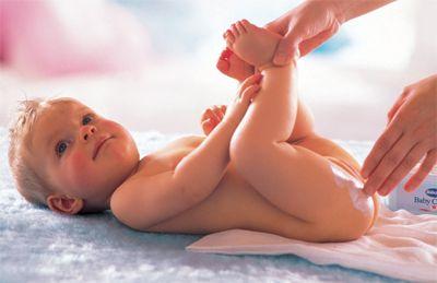 Kem Bubchen có chất chống gây hăm, giúp da trẻ luôn khô ráo sạch sẽ