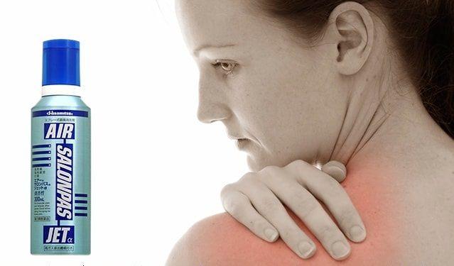 Air Salonpas Jet giảm nhanh những cơn đau về cơ, khớp như đau vai, mỏi cơ, mỏi lưng, đau đầu gối, bong gân
