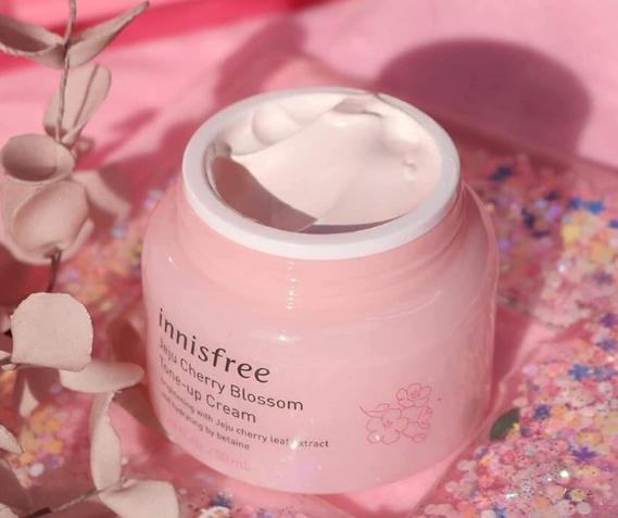 Kem dưỡng trắng da Innisfree Jeju Cherry Blossom Tone-up Hàn Quốc