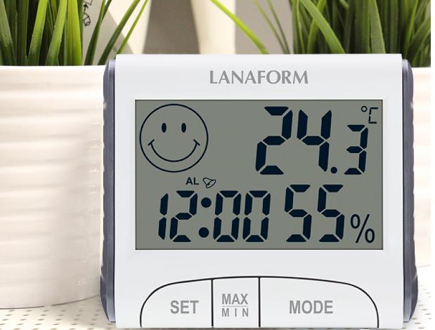 Nhiệt ẩm kế Lanaform LA120701 cho kết quả đo nhiệt độ và độ ẩm chính xác